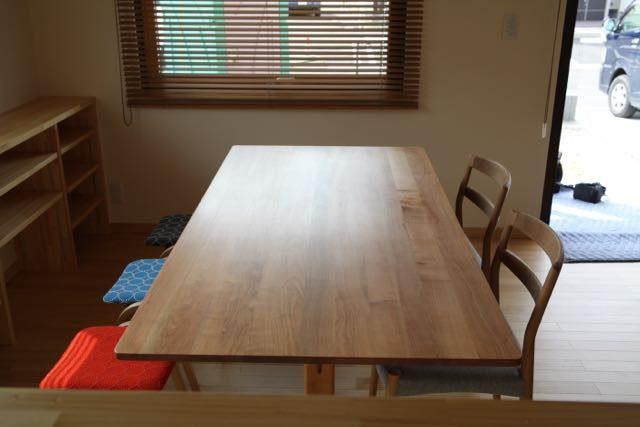 テーブル椅子組み合わせ